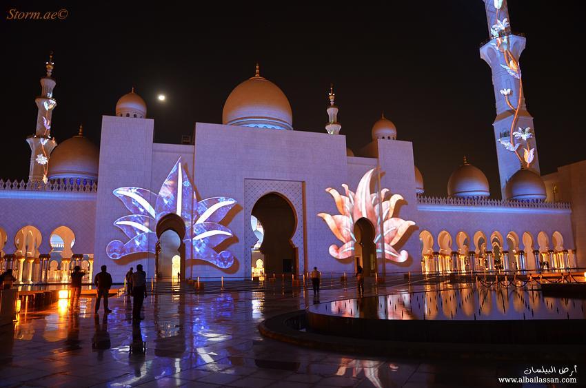 مسجد الشيخ زايد يفاجئ الزوار bilassan-13238982023
