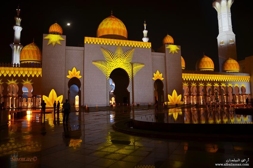 مسجد الشيخ زايد يفاجئ الزوار bilassan-13238984781